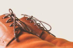 Gdzie wyrzucić stare buty?